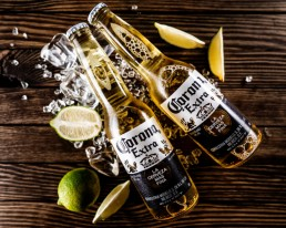 Birra Corona Extra con limone